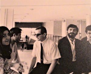 Eylül 1968'de TÖS Devrimci Eğitim Şurası sırasında SBF'de, soldan sağa Şirin Cemgil, Sinan Cemgil, ben, Masis Kürkçügil ve Ragıp Zarakolu